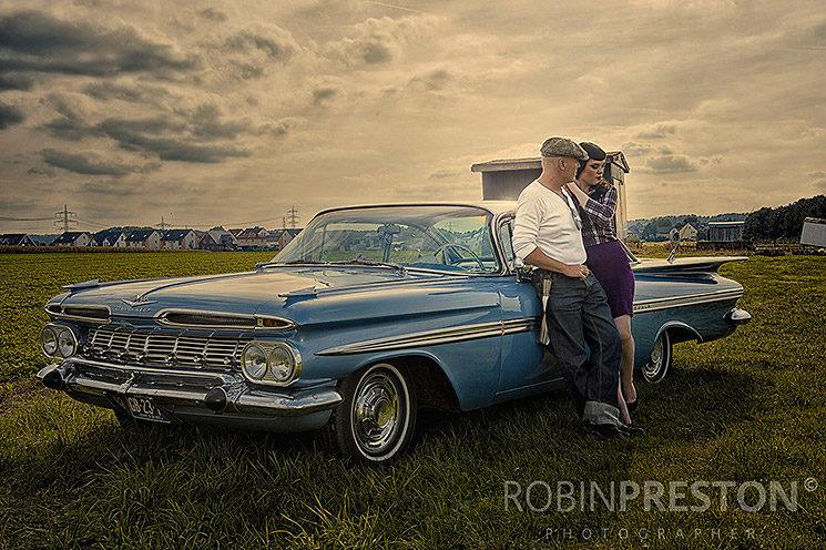 Cars & Girls - ©Robin Preston