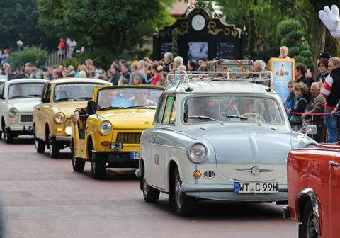 Trabi-Parade im Europa-Park in Rust