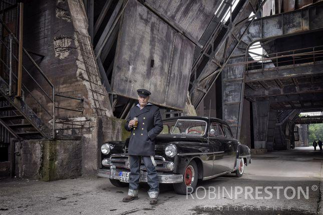 Cars and Girls (c) Robin Preston