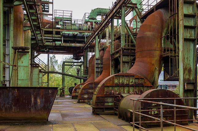 Gasförderstation im Lapadu; © hoto+Adventure