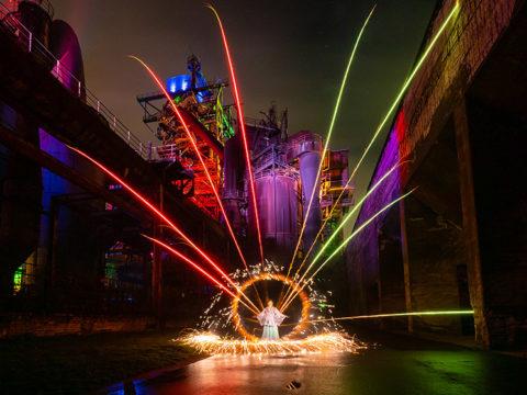 Lightpainting Spezial: Menschen, Pyro & Feuer; © Olaf Schieche / ZOLAQ