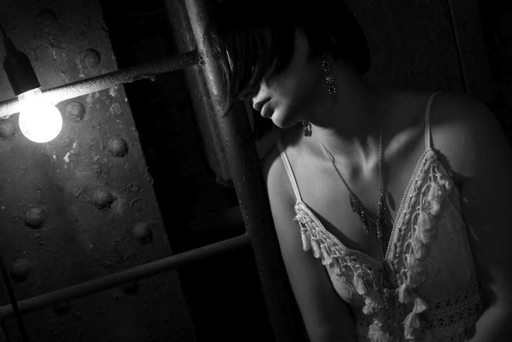 Schwaches Licht indoor, © Paul Leclaire